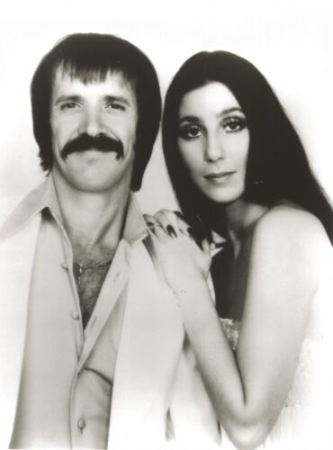 SONNY & CHER 8X10 PHOTO MUSIC POP ROCK & ROLL PICTURE