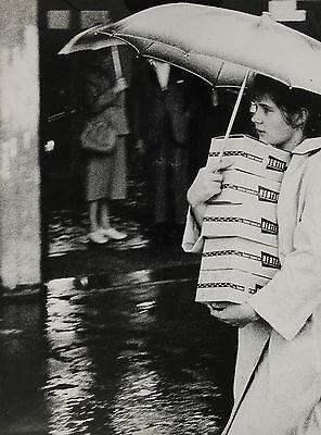 Gérard Klijn: Der Grosseinkauf. Original-Silbergelatine-Abzug 1963