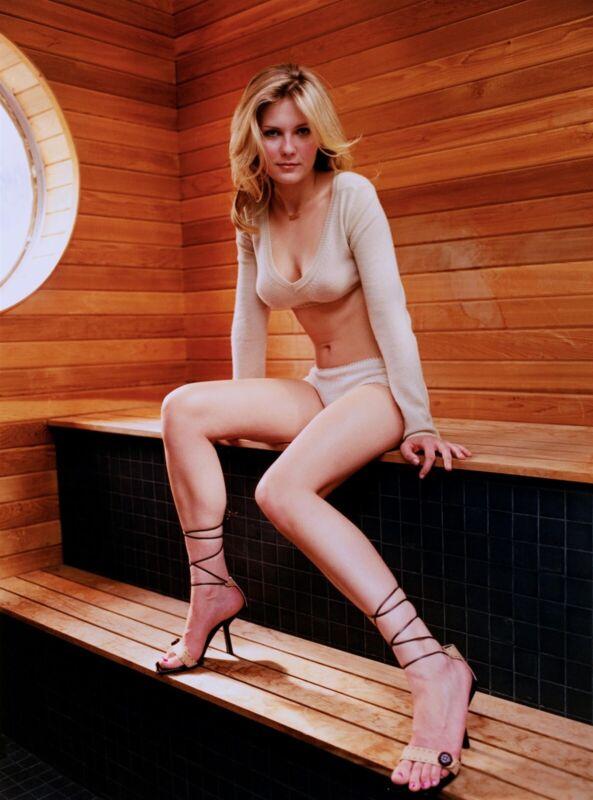 Kirsten Dunst Posing In Bikini 8x10 Picture Celebrity Print