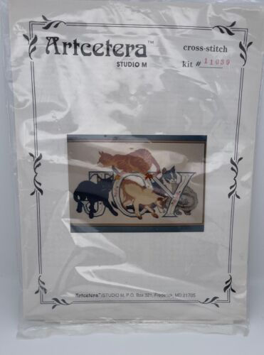 NISP - Vintage Artcetera Studio M Cross Stitch Kit #11039 Love Cats