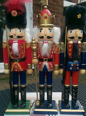 CHRISTMAS NUTCRACKER SOLDIERS SET OF THREE - ONE KING AND TWO GUARDS 38 CMS BNWT