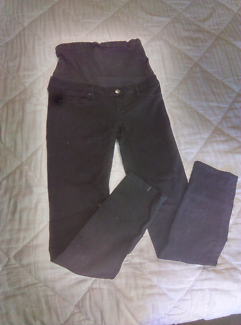 Maternity jeans/ dresses/tops size8/10