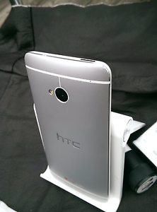 Immaculate HTC One M7 32GB Unlocked W/Accessories *Faulty Camera Angle Park Port Adelaide Area Preview