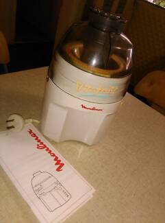Moulinex 'Vitafruit' Juice extractor