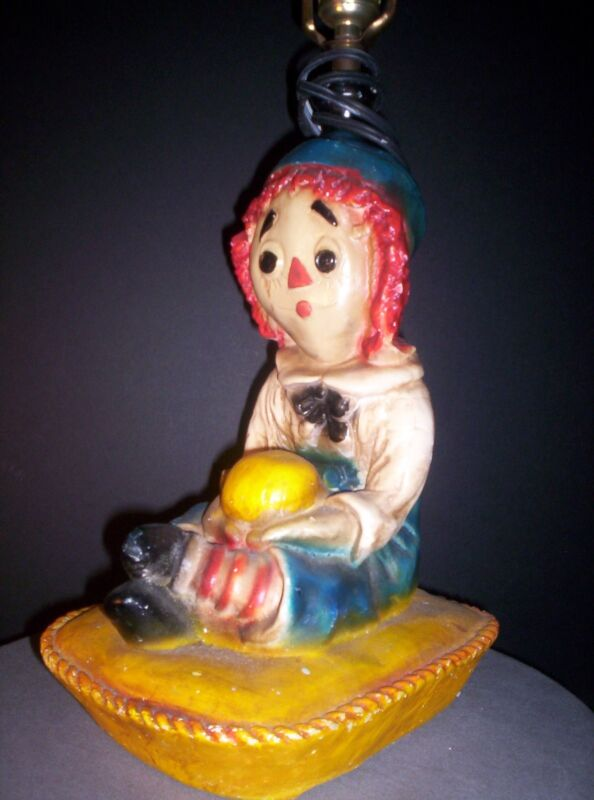 vintage- RAGGEDY ANDY- TABLE LAMP