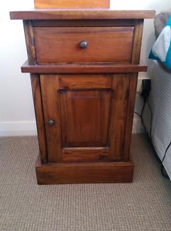 Solid wood bedside table, 1 drawer cabinet.