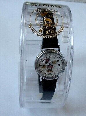 Adorable Vintage Disney Lorus Minnie Mouse Girl's Quartz Wrist Watch With Case