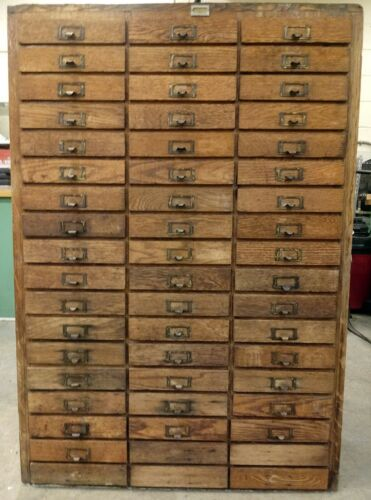 RARE ANTIQUE VINTAGE WOODEN OAK MACHINIST APOTHECARY 104 DRAWER CABINET