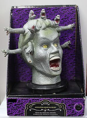 TALKING MEDUSA ANIMATED HEAD Halloween Party Prop Monster Bust Snakes Woman NEW - Halloween Party Busted