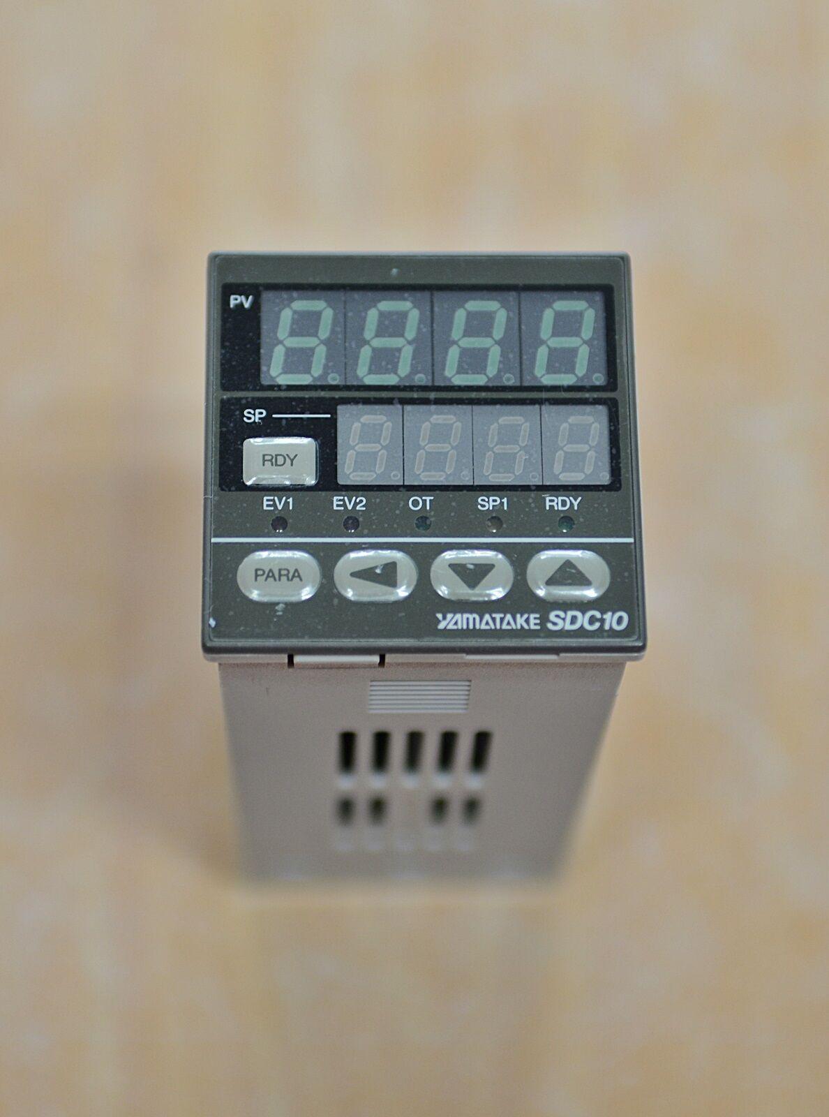 Yamatake SDC10 C10T0DTA0100 Temperature Controller