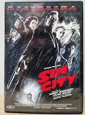 Sin City  (2005) Mickey Rourke – Clive Owen