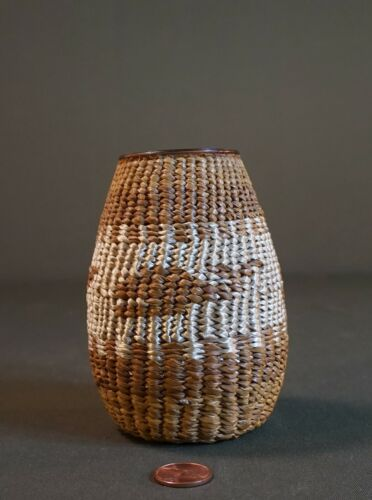 Very Tight Weaved First Nation Ahousaht Nootka Vancouver Island Basket Jar Whale