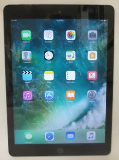 Apple iPad 2017, 5th Gen Wi-Fi + Cellular 32GB - Space Grey