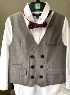Boys 3-4yrs white shirt, grey waistcoat/vest & bow tie NEW