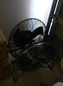 4x Electric Fans For Sale $5-10 each Rothwell Redcliffe Area Preview