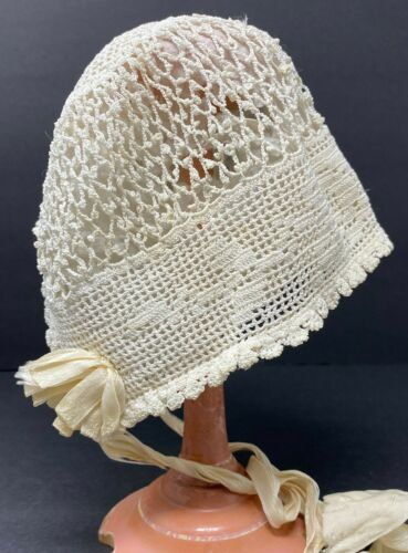 Vintage Antique Lined Off White Crochet Baby Or Large Doll Bonnet Hat w/ Flower