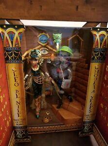 Monster High Cleo De Nile & Ghoulia Yelps Mattel Vault Exclusive 2 Pack SDCC Set