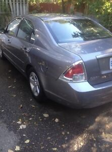 2006 Ford Fusion, runs perfect, selling as is, $1400 obo