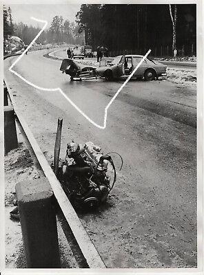 24x18 Presse Foto 1962 Unfall Volvo Amazon Mercedes wie Odermatt Polizei photo