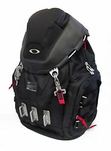 BRAND-NEW-OAKLEY-KITCHEN-SINK-BACKPACK-BLACK-92060-NWT