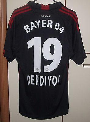 BAYER 04 LEVERKUSEN 2010/2011 HOME FOOTBALL SHIRT SIGNED JERSEY #19 DERDIYOK image