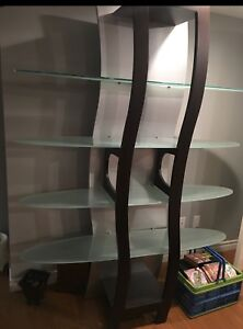 Decorative tower with Tempered glass shelves