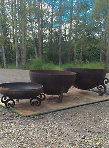 METAL FIRE BOWLS AND CRUSHER CONES