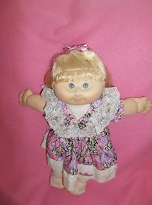 Cabbage Patch Kids 10th Anniversary doll made by Hasbro in 1992