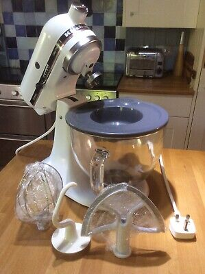 Kitchenaid Mixer Ultra Power - In White To Fit Any Kitchen Scheme Now Or Next.