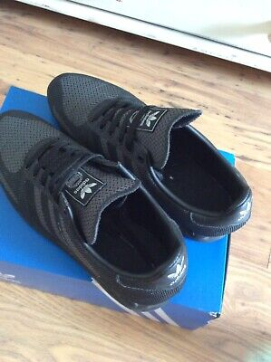 Mens L A Trainers Adidas Weave  Size 10