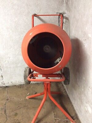 electric cement mixer used