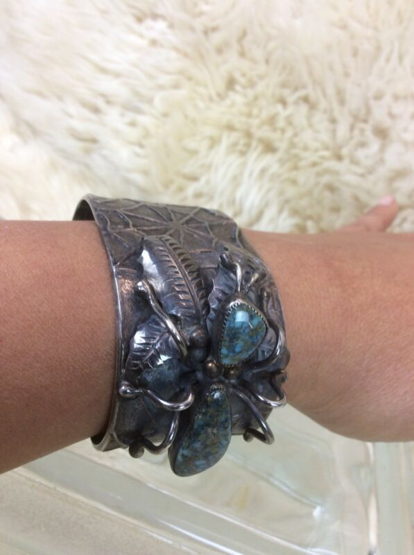 Old Pawn Native American Navajo L.C. Silver Turquoise Spider Web Cuff Bracelet