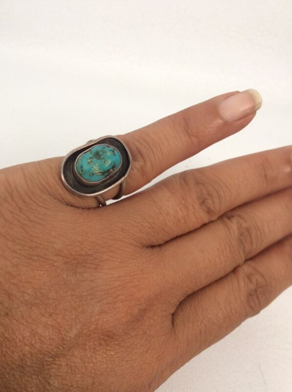 Vtg Native American Navajo Silver  Turquoise Ring Size 4.5