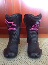 Alpinestars Boots  for girls Neutral Bay North Sydney Area Preview