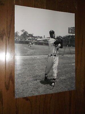 16x20 Hall Of Fame Photo - Hank Aaron Photo Milwaukee Braves Photo Baseball Photo 16x20 Hall of Fame MVP