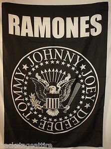 Ramones-Eagle-Tommy-Joey-Johnny-Deedee-29-X43-Cloth-Poster-Flag-Tapestry-New