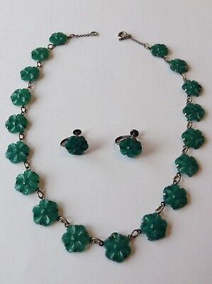 VINTAGE ART DECO CZECH JADE GREEN FLOWER GLASS MOLDED CAB NECKLACE AND EARRINGS