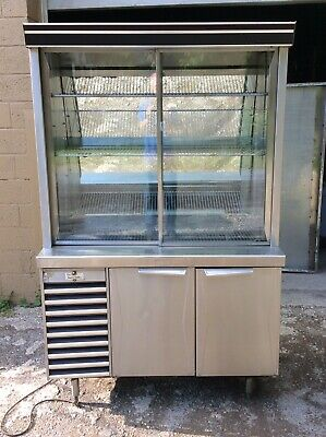 2 Dr. Desert Pastry Salad Sandwich Deli Display Case Refrigerated A Condition