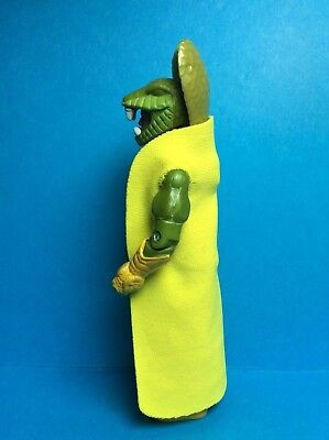 VINTAGE G.I. JOE HASBRO ACCESSORY-SERPENTOR V3 (2005) GOLDEN YELLOW REPRO CAPE..