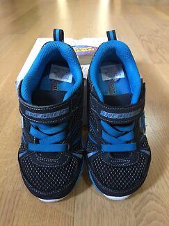 Skechers lightweight Kids boy shoes size usa10 or eur26.5