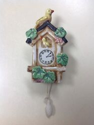 VINTAGE YELLOW BIRD HOUSE CUCKOO CLOCK WALL POCKET PLANTER MADE IN JAPAN - NICE