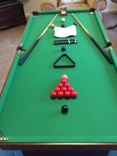 5ft Folding Snooker Table with Accessories