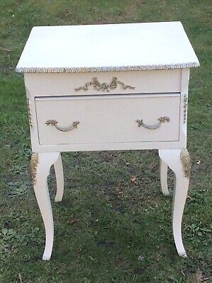 VINTAGE FRENCH LOUIS XV STYLE BEDSIDE CABINET, CREAM & GILT NEO CLASSICAL