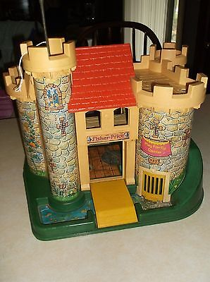 1974 FISHER-PRICE PLAY FAMILY CASTLE