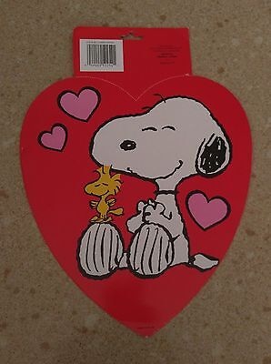 New Peanuts Snoopy  Indoor Outdoor Window Card Valentines Heart Decorations - Outdoor Valentine Decorations