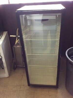 1 Glass Dr. Display Cooler Compact 115v 5 Tall Super Clean Runs Great