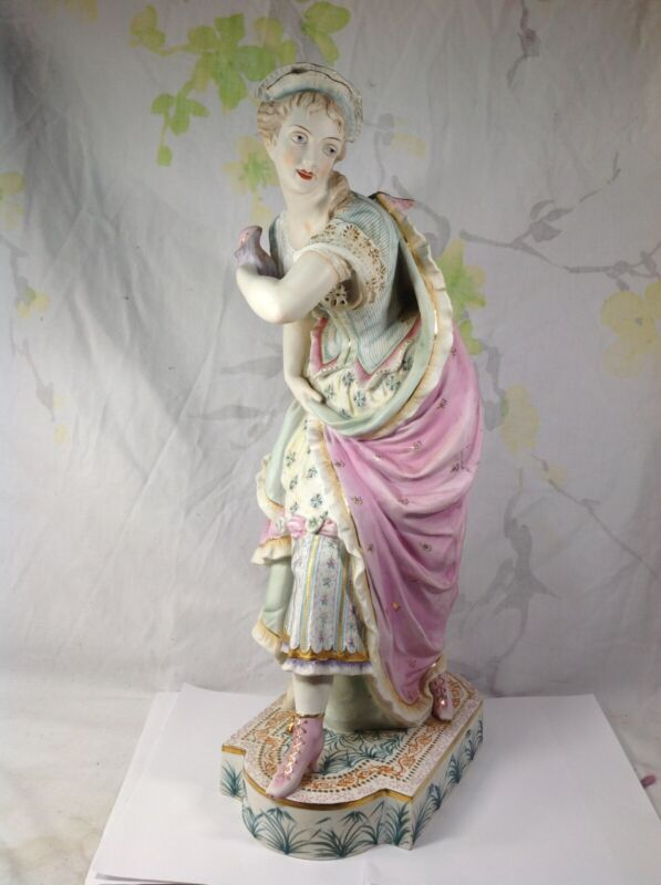 japanese Export Porcelain Figure Of Lady