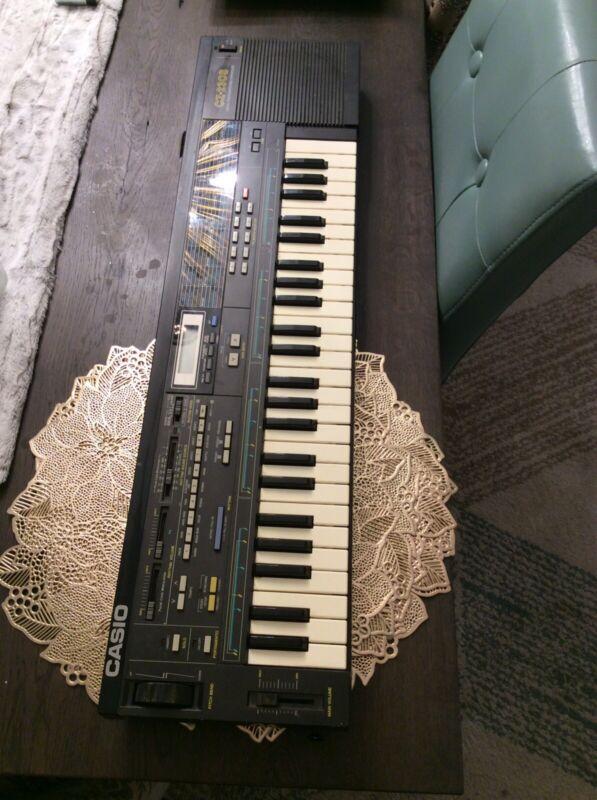 Vintage Casio CZ-230s Digital Preprogrammed Synthesizer Keyboard