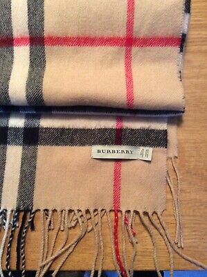 Burberry The Classic Check Cashmere Scarf for Women - Camel