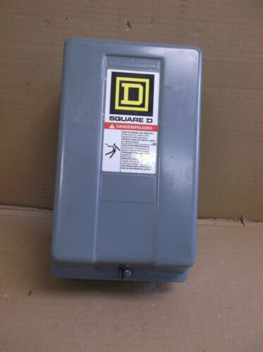 8502SBG2S A Square D NEW Enclosed Motor Starter Contactor *